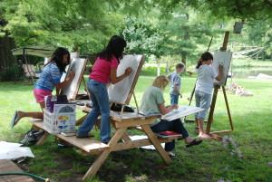Folks learn Art together